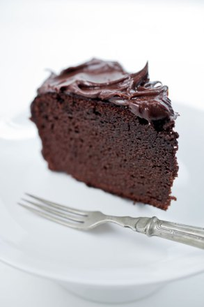 Dark Paleo Chocolate Cake